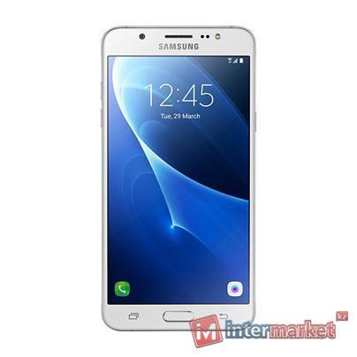 Смартфон Samsung Galaxy J7 (2016) white